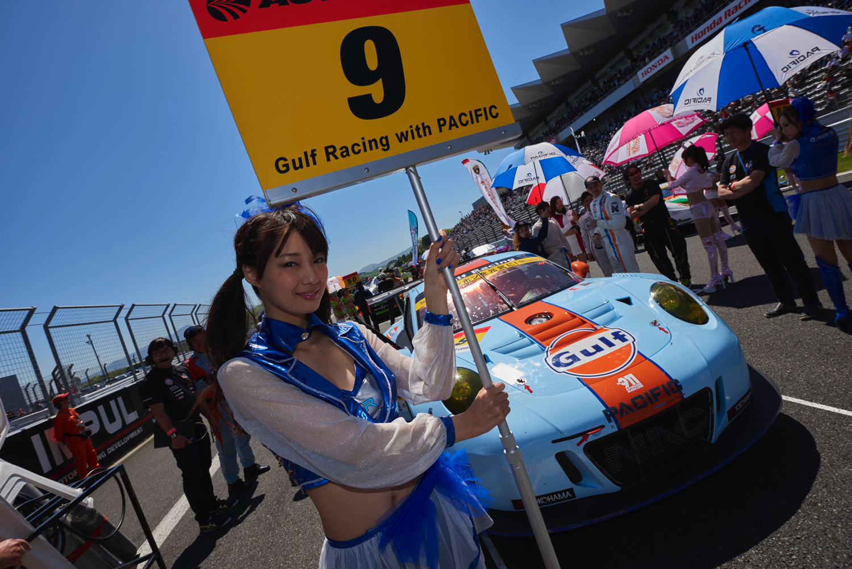 Gulf Racing Porsche in Super GT