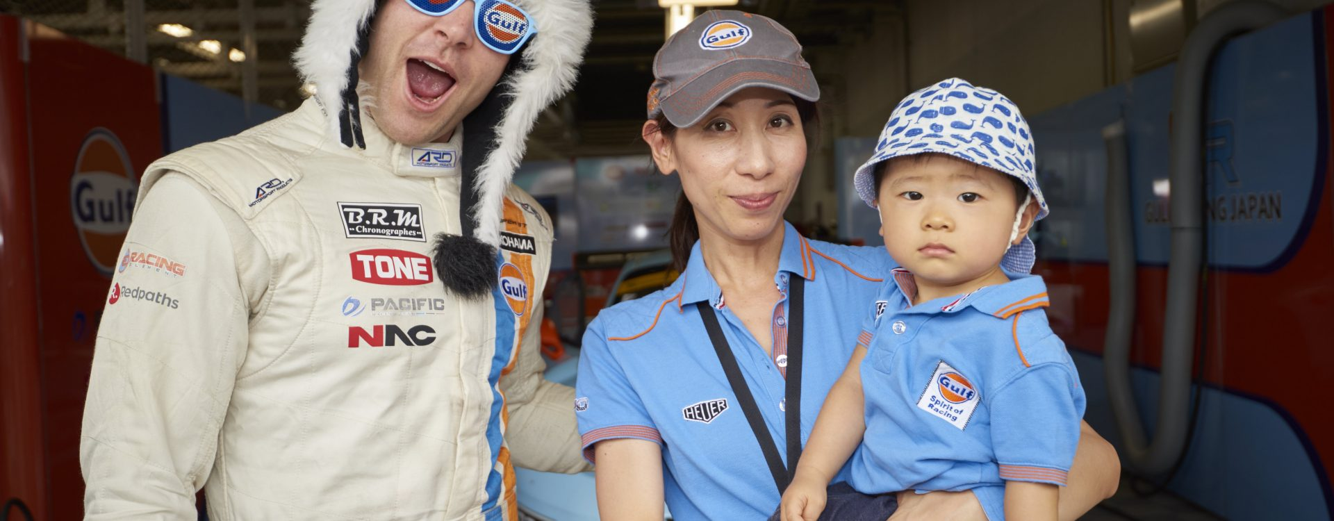 Jono Lester with Gulf Racing fans