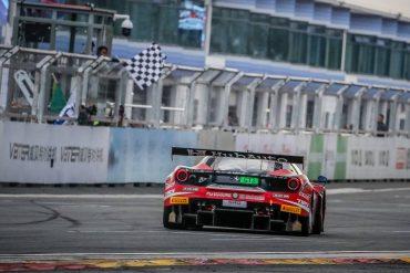 Jono Lester wins in the HubAuto Ferrari 488
