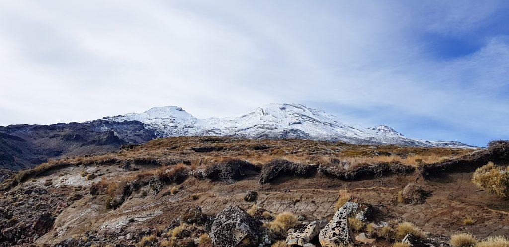 mount-ruapehu-hike-jono-lester